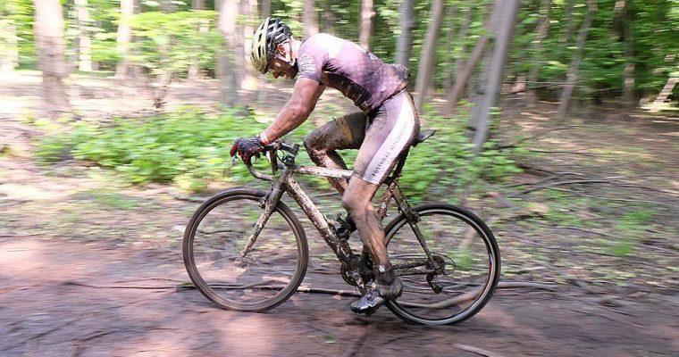 Mi-a luat doi ani sa fac Prima Evadare pana la capat pe ciclocross